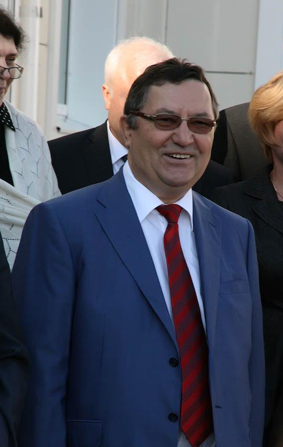 Глава региона Олег Бетин