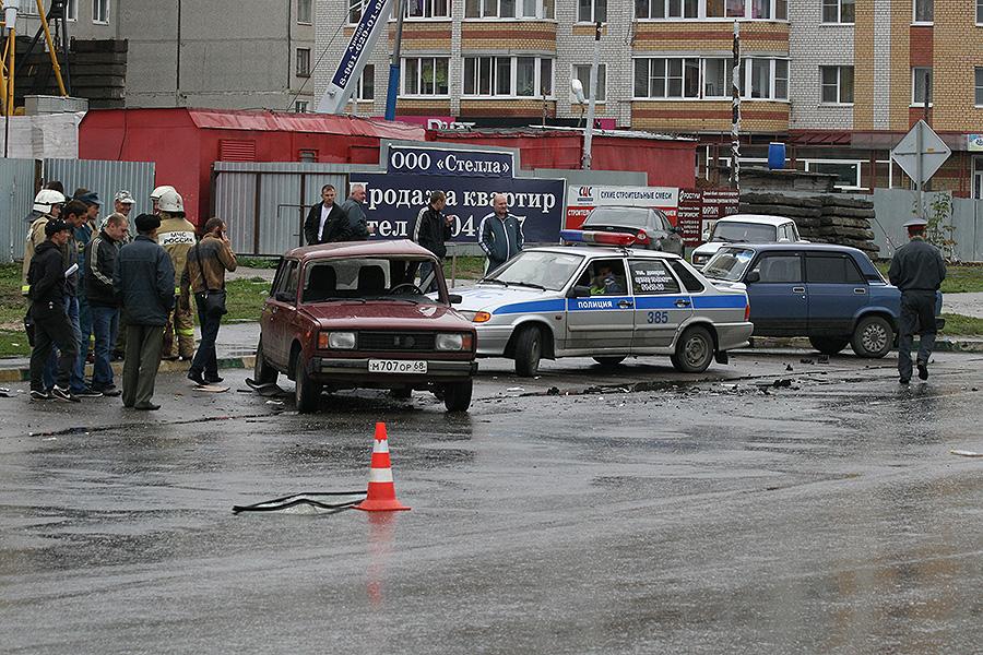Авария на Чичерина 4 сентября 2013 года