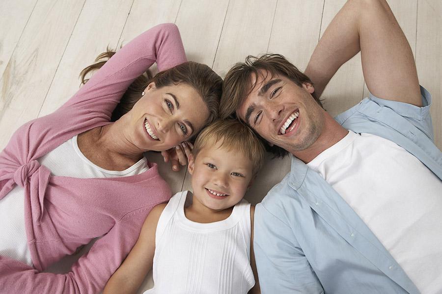Для нормальной жизни семье из 3 человек требуется 76,5 тыс. рублей