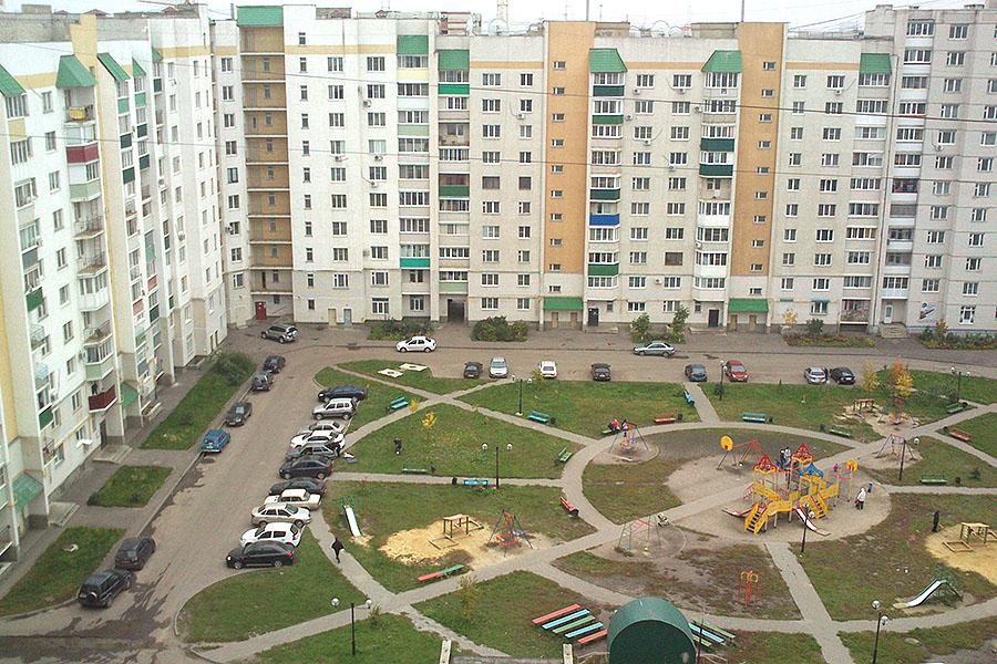 Двор в мкр Московский