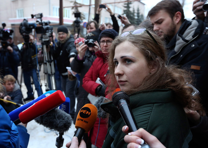 Мария Алехина отвечает на вопросы журналистов. © Сергей Карпухин/Reuters