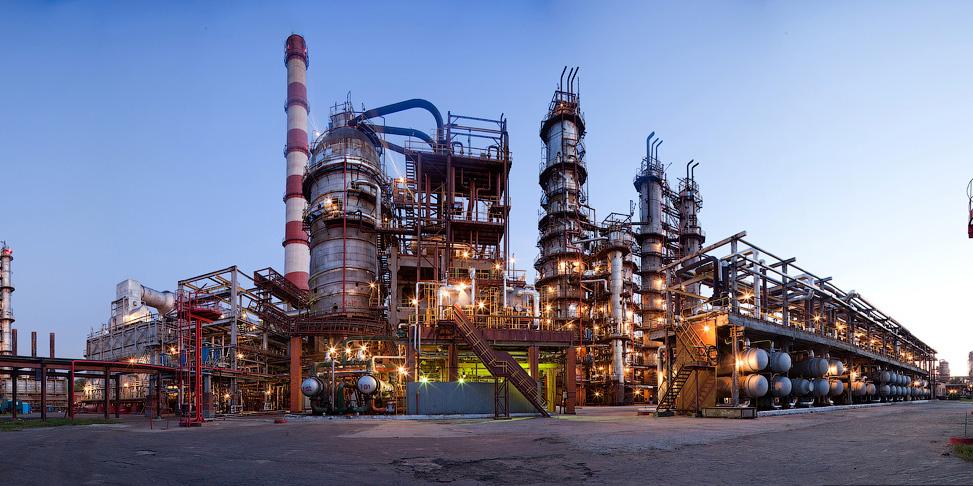 Нефтехимический завод