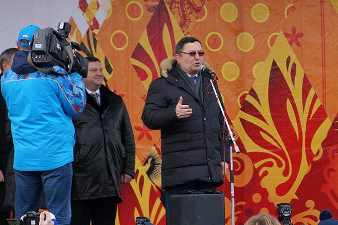 Губернатор Олег Бетин