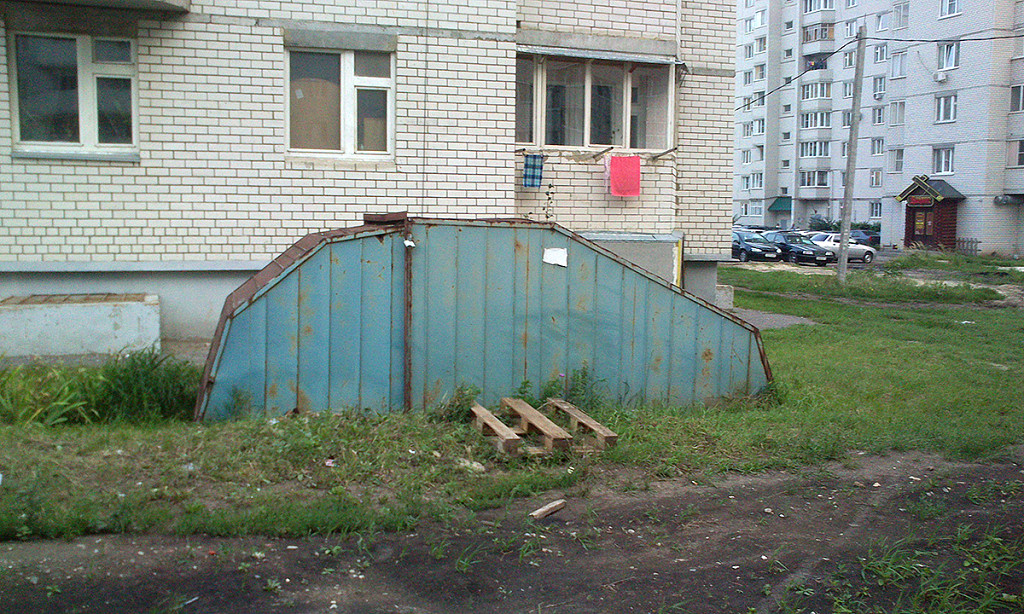 Бесхозный гараж на Северо-Западной