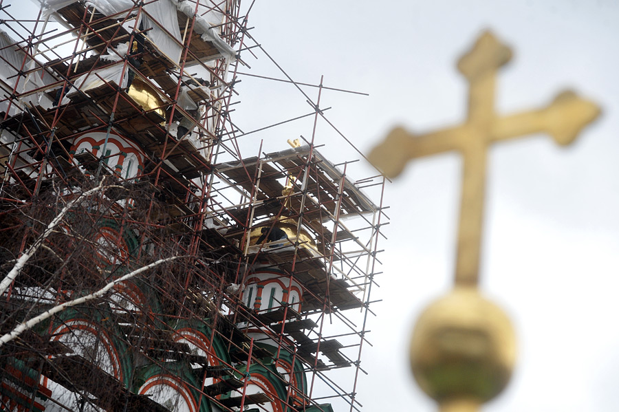 Реконструкция храмов
