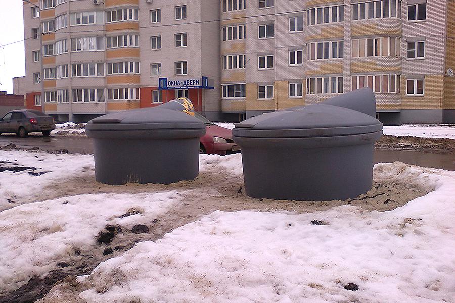 Заглубленные контейнеры на Победы