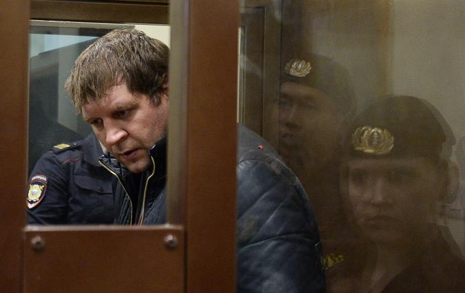 Рассмотрение вопроса об аресте А. Емельяненко в Симоновсоком суде Москвы