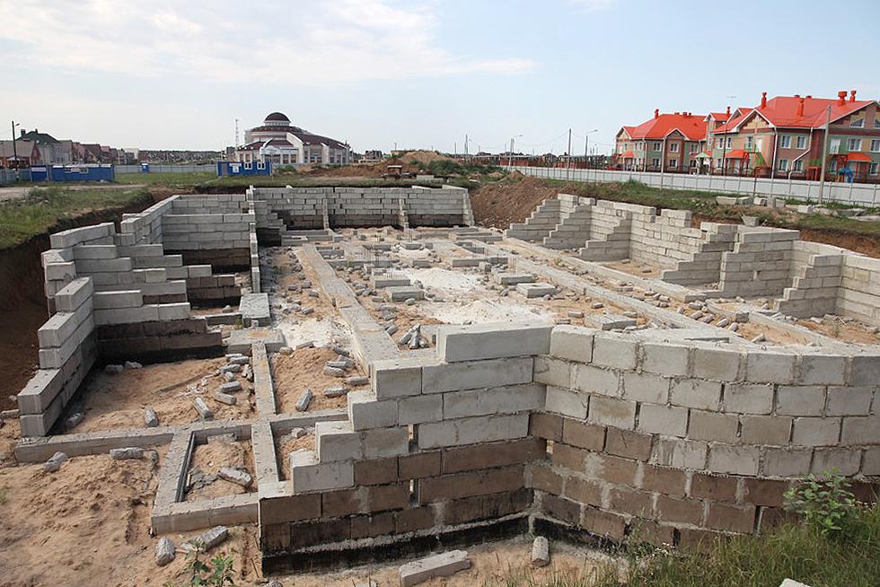 Строительство храма в честь преподобного Серафима Саровского в Радужном