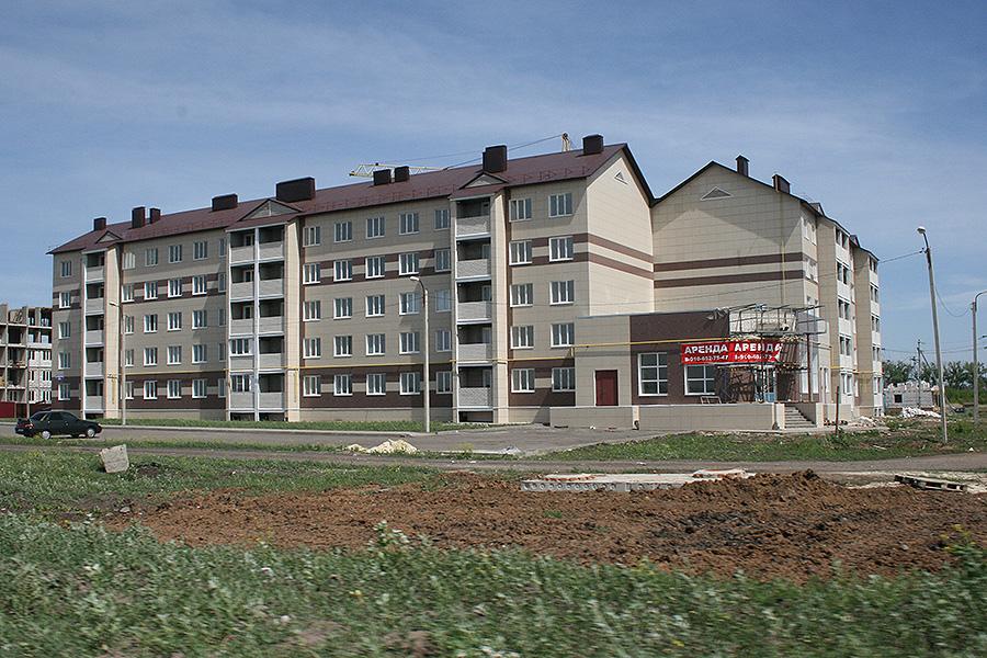Дома у окружной дороги