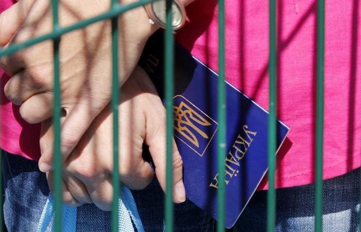 Украинские беженцы начали возвращаться на родину