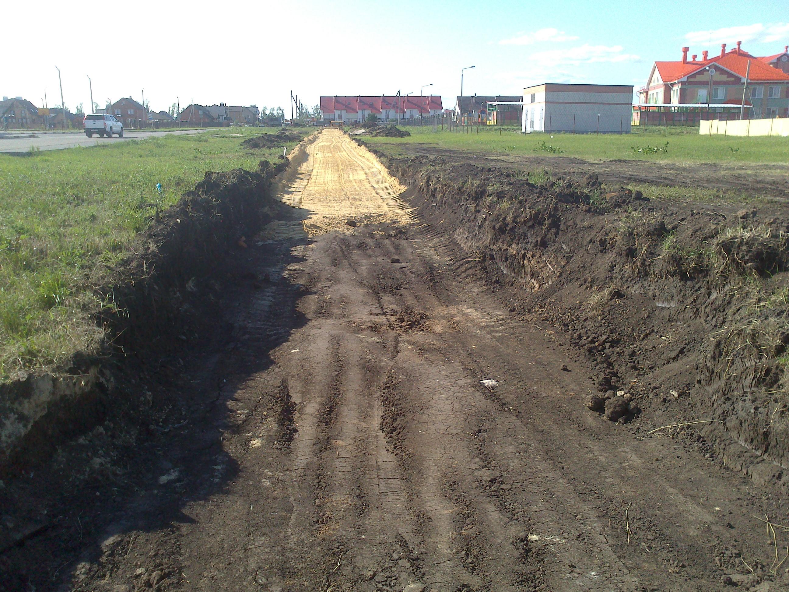 Строительство тротуара в Радужном