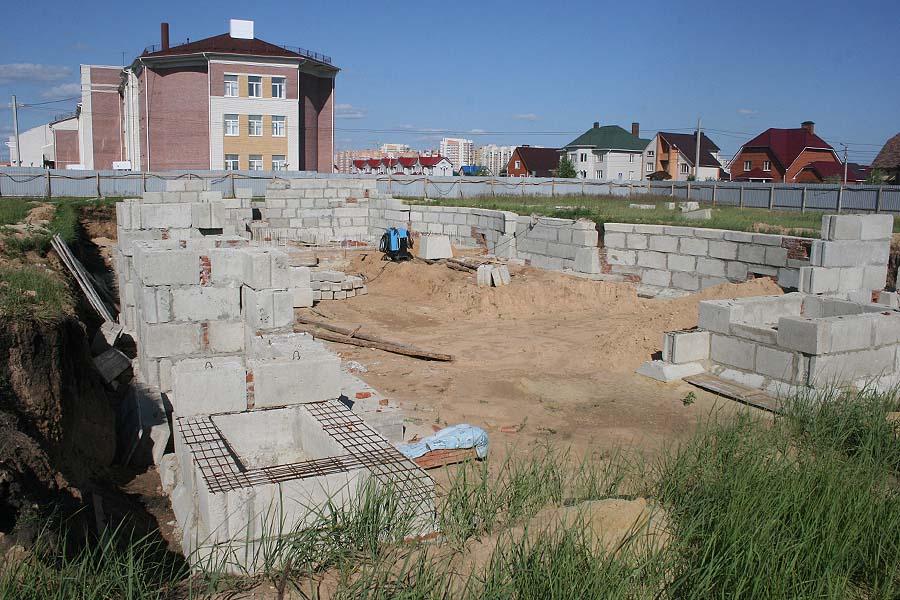 Нулевой цикл одного из блоков будущей школы Сколково