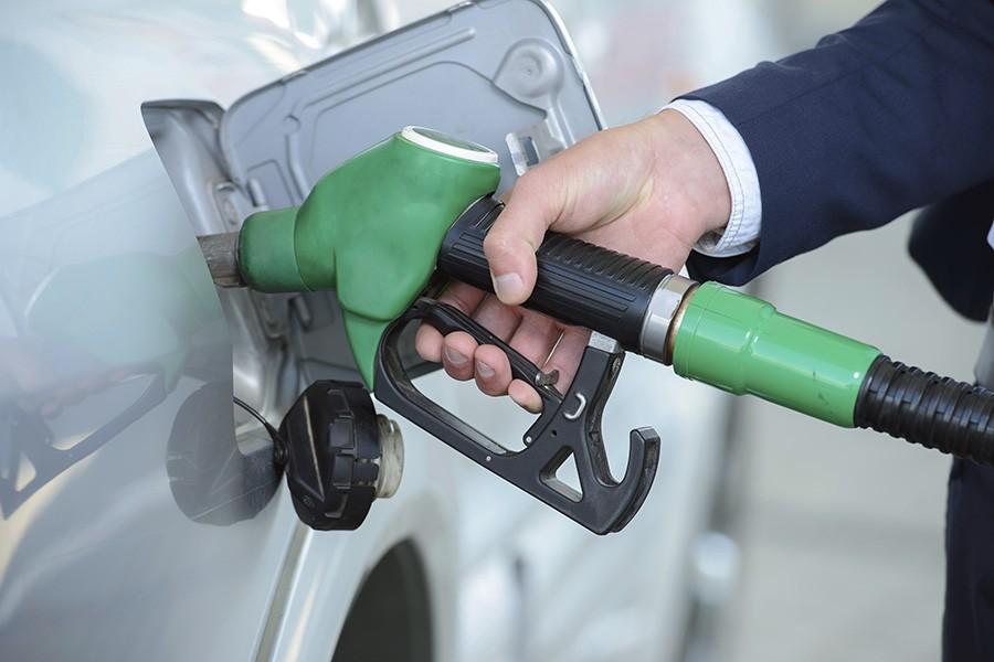 За разбавленный бензин владельцев АЗС ждут большие штрафы