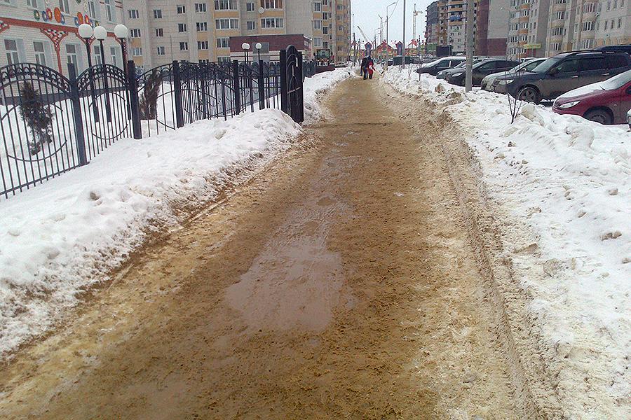 Тротуары в Московском зимой