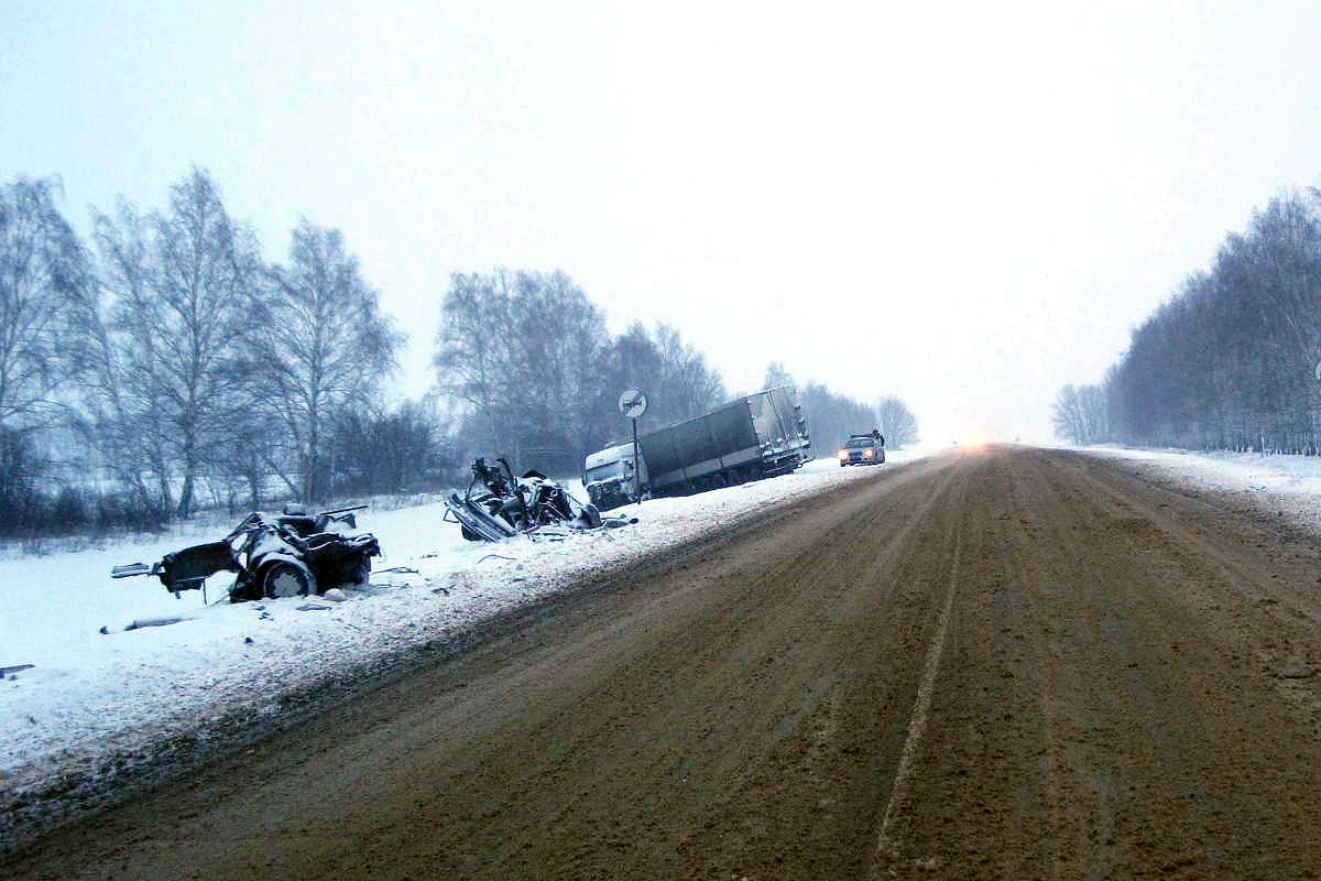 "9 января 2016. ДТП на 384-м километре автодороги М-6 ""Каспий"""