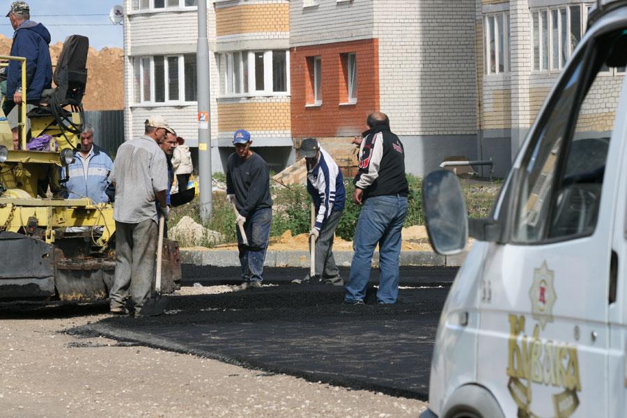 Строительство дороги на улице Победы