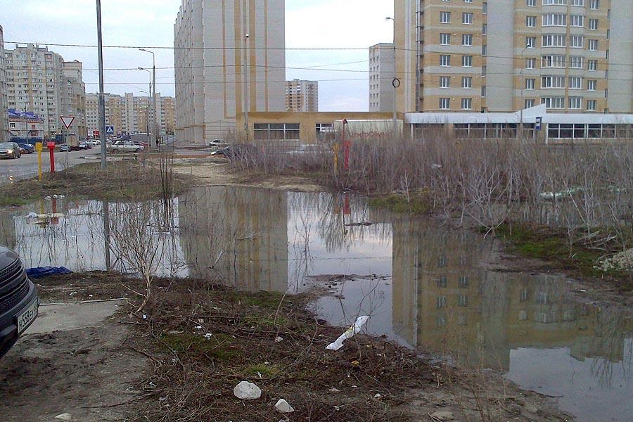 Разлив канализации в Уютном