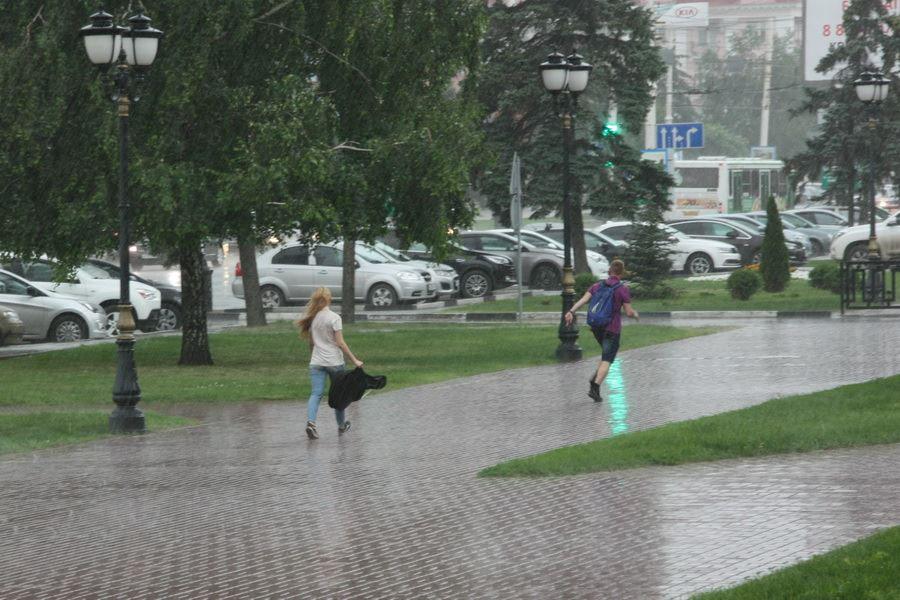 Дождь в Тамбове. Фото Михаила Карасева