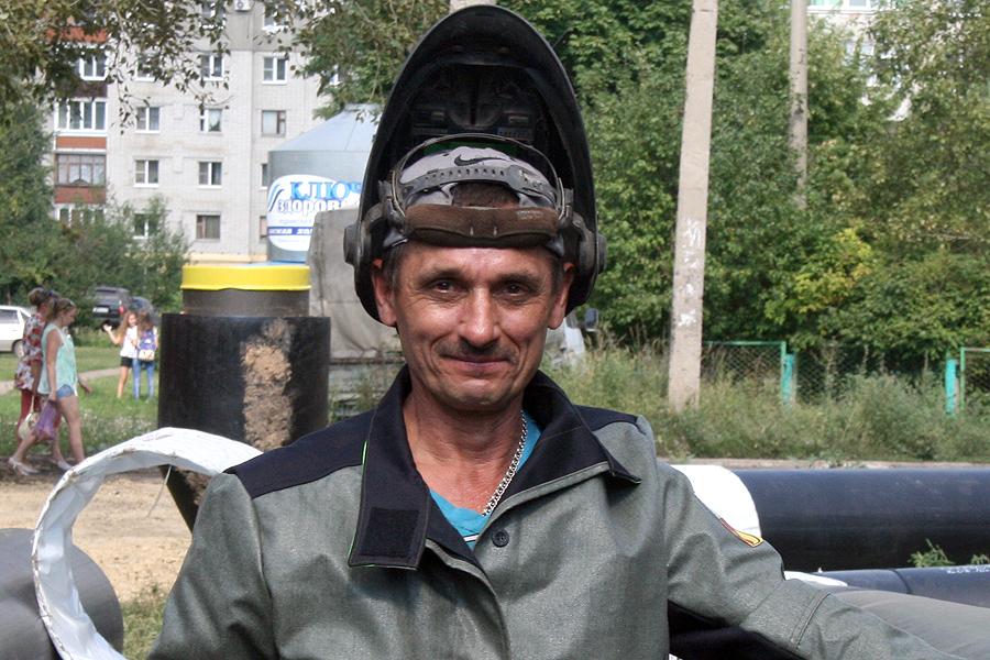 Газосварщик Вениамин Регузов