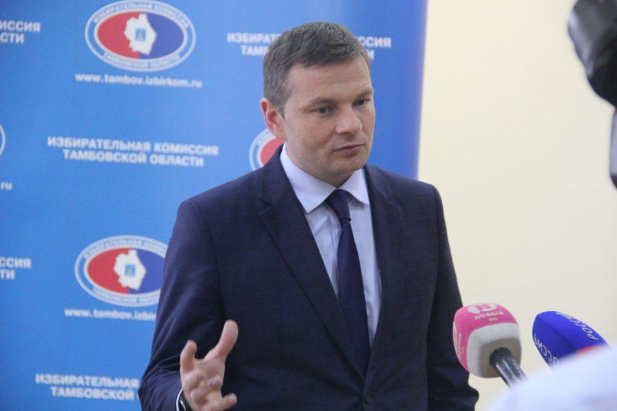 Председатель избирательной комиссии Тамбовской области А. Офицеров
