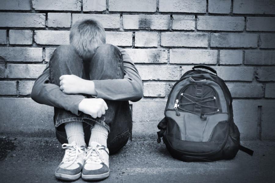 Суицид среди подростков