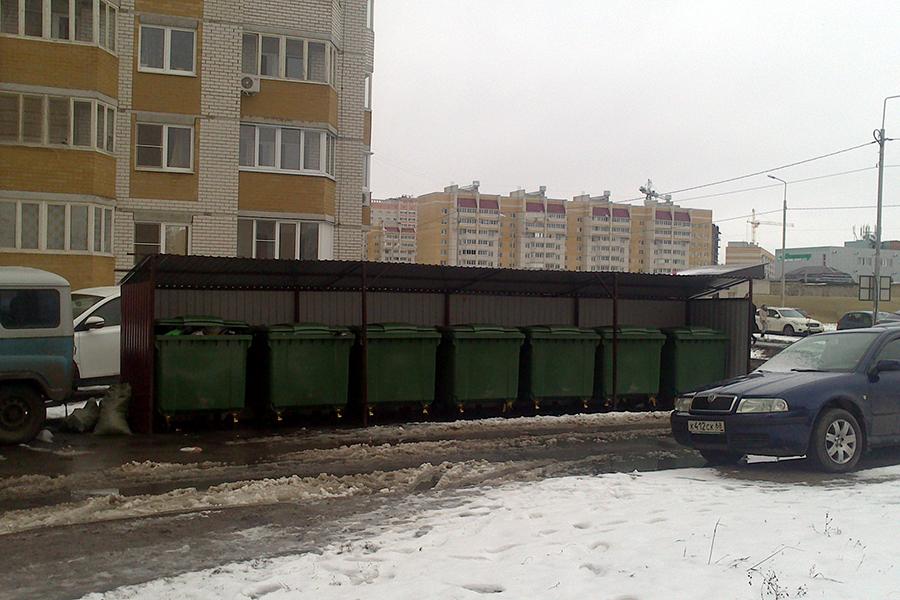 Мусорная площадка на Ореховой