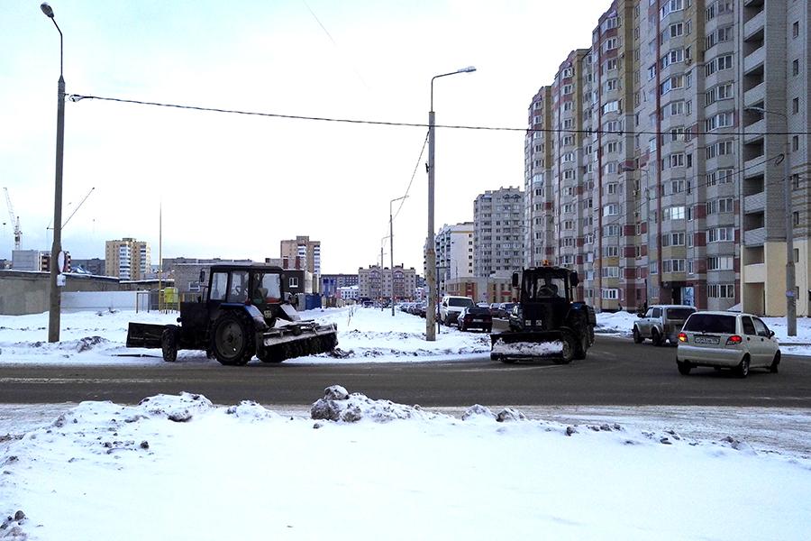 Снегоуборочная техника на Агапкина