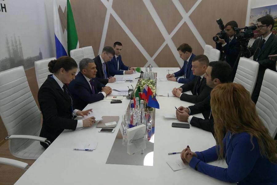 Встреча с делегацией Республики Татарстан на Сочинском экономическом форуме.