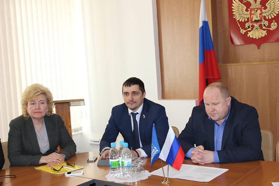 Тамара Фролова, Алексей Власкин и Сергей Захарцев. Фото Надежды Титовой