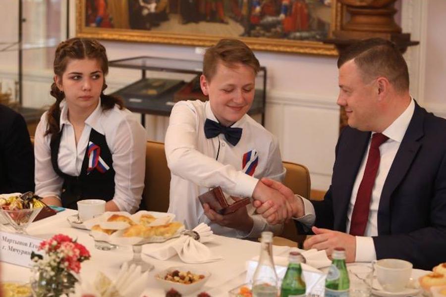 Александр Никитин встретился со школьниками