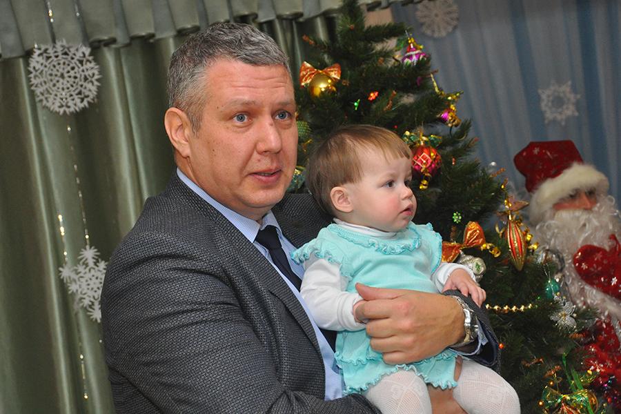 Михаил Шубин в Доме ребенка