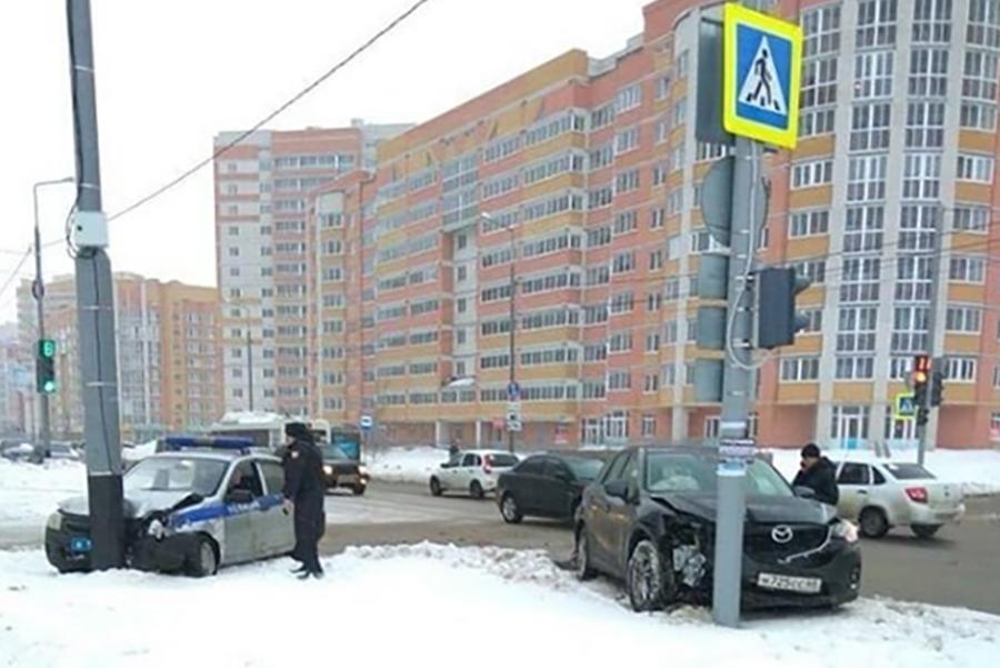 ДТП на Агапкина 22 марта. Фото Анны Яркиной