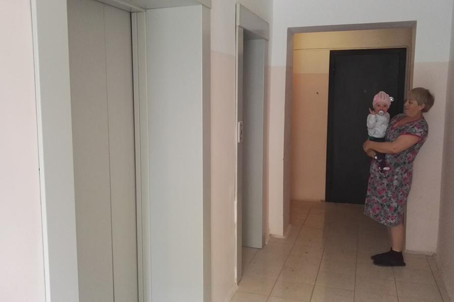 Жители ждали включения лифтов более 2,5 лет
