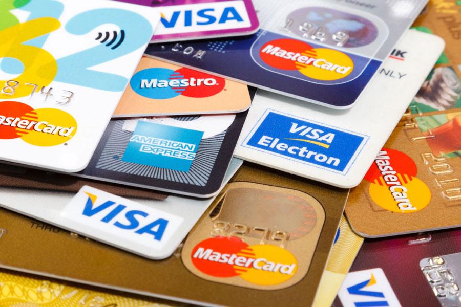 Страхование банковских карт: как обезопасить себя от мошенников